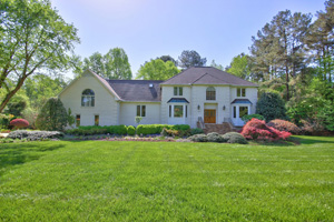 9504 Koupela Drive, Sheffield Manor, Raleigh