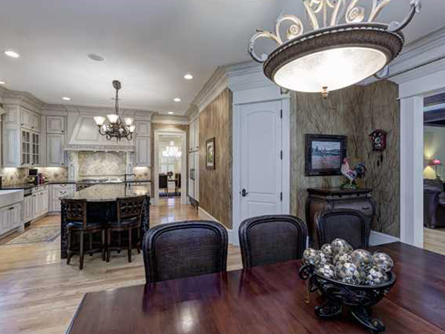 Elegant Eating Areas – 8816 Valentine Court, Richmond Hills, Raleigh.  Represented by Lindsay Taylor
